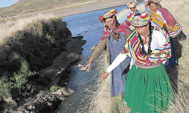 Contaminación. No solo el río Coata está contaminado, sino los pozos cercanos.(Foto: La República)