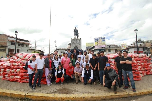 Atendiendo al llamado del Gobierno Regional de Cajamarca, 13,5 toneladas de víveres donó Yanacocha para las familias damnificadas de Chota y Cutervo