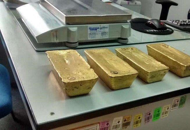 lingotes de oro-mineria ilegal
