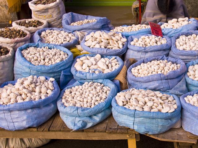 El tocosh, resultado de la fermentación de la papa, es una biotecnología que hemos heredado de nuestros antepasados. Se le conoce como la ´penicilina natural del Perú´, por sus propiedades antibacterianas. | (Fuente: | Getty Images)