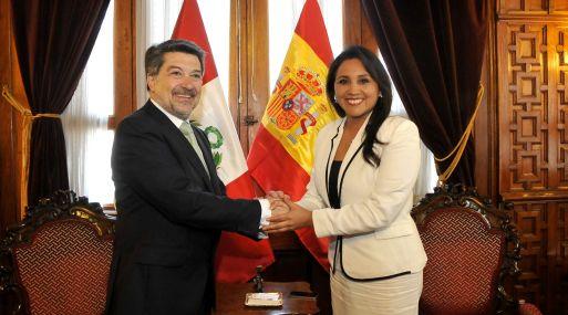 El parlamentario español Javier Barrero visitó ayer el Congreso peruano. El parlamentario español Javier Barrero visitó ayer el Congreso peruano.