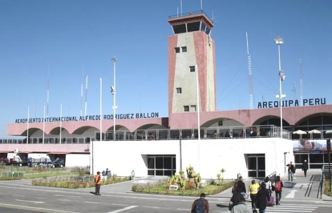 Aeropuerto-Internacional-Rodríguez-Ballón