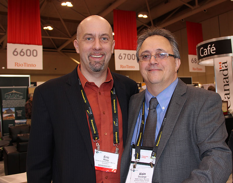 Eric Maag, Director del Centre for Excellence in Mining Innovation; y Alain Thivierge, Director de Naturallia.