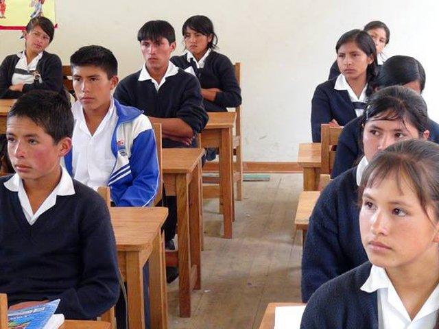 Los 17 escolares que viven en albergue de Arequipa acudirán desde este miércoles a institución educativa de inicial y primaria en la Ciudad Blanca. (Créditos: RPP/Antonio Torres/Referencial)