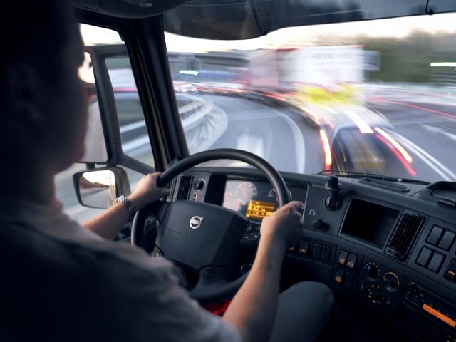 Volvo Trucks Seguridad al Volante