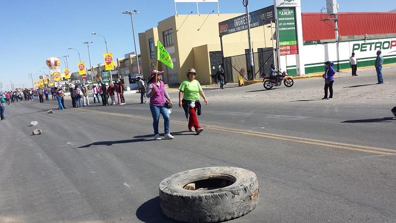 Tía María: Manifestantes bloquean vías en Arequipa. (Miguel Idme)