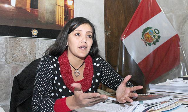 La gobernadora de Arequipa se mostró a favor del diálogo. (Foto: La República)