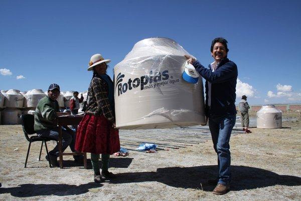 ANTAPACCAY - 376 familias de Pallpata se benefician con tanque elevado de suministro de agua