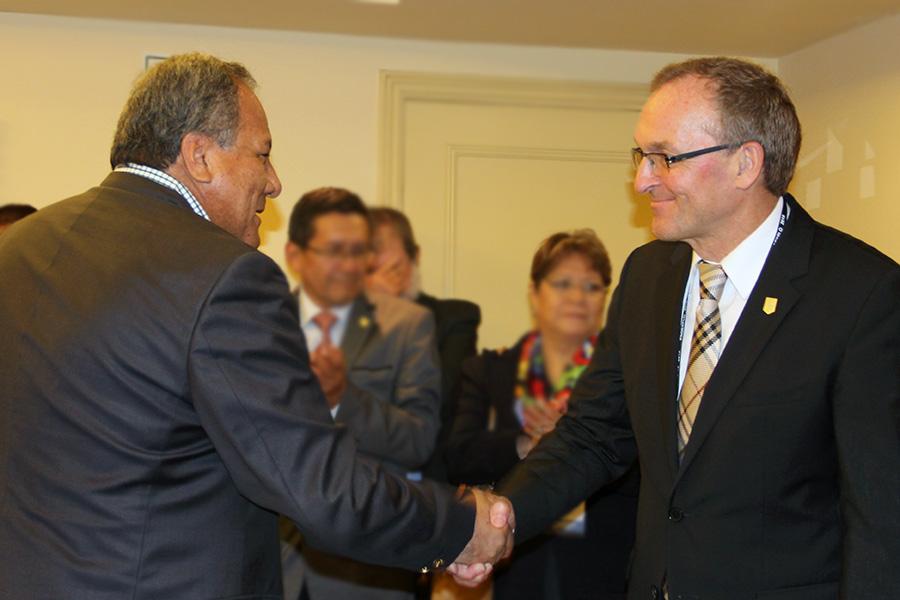 Antonio Samaniego, Presidente del IIMP y Jorg Ranau, Embajador de Alemania. (Foto: ProActivo)