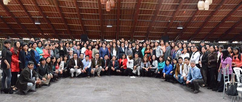 Yanacocha - 400 profesores participaron en encuentro de redes educativas