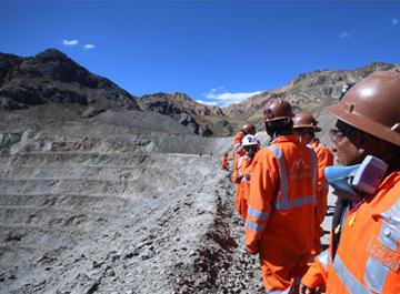 Con 30 líderes comunales de 5 regiones se inauguró XXIX Pasantía Minera