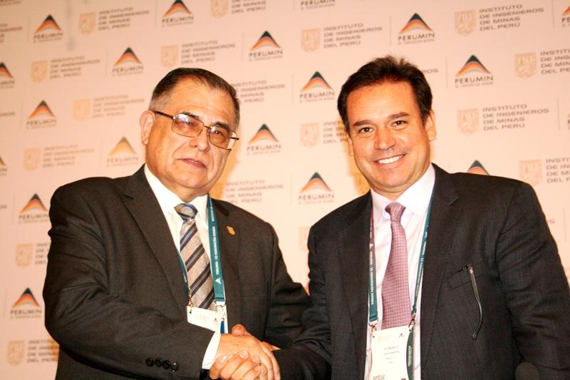 Ing. Gustavo Luyo y Dr. Gonzalo Quijandría