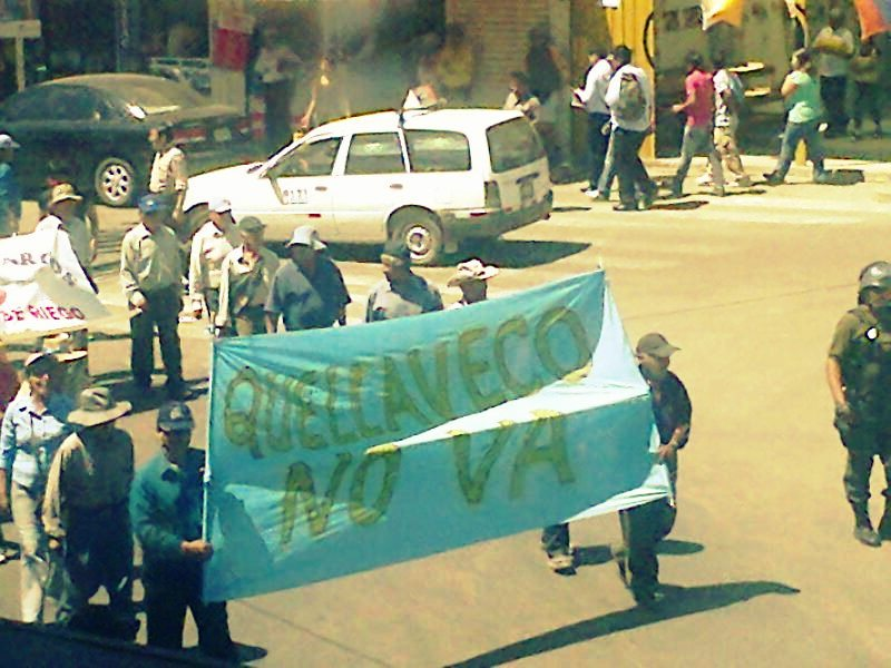 agricultores-de-moquegua-protestan-contra-la-minera-quellaveco