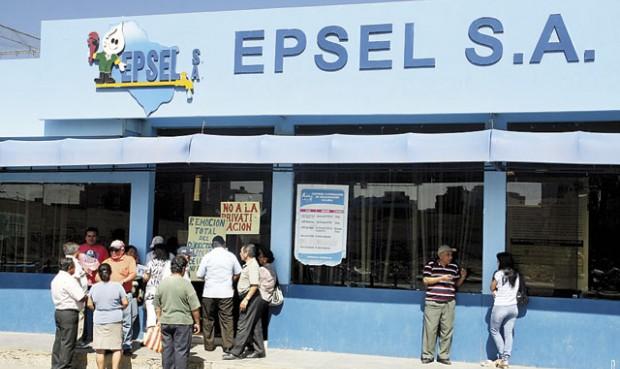 Afectación. Epsel afronta quejas por el servicio básico que brinda a la población.