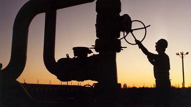 El precio del petróleo quedó muy por debajo de los 50 dólares pr barril.(Foto: AP)