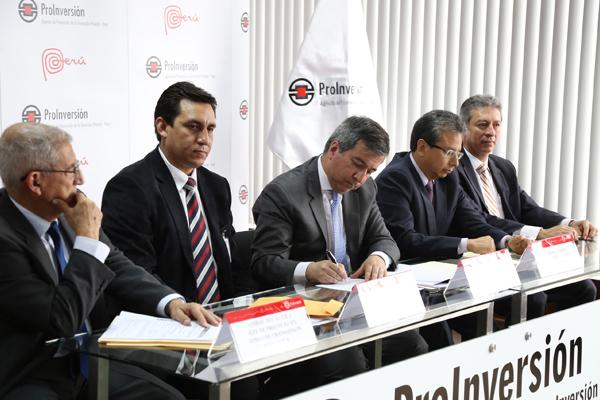 SUSCRIBEN CONTRATO DE CONCESIÓN DE LA SUBESTACIÓN CARAPONGO Y CONEXIÓN A LÍNEAS ASOCIADAS