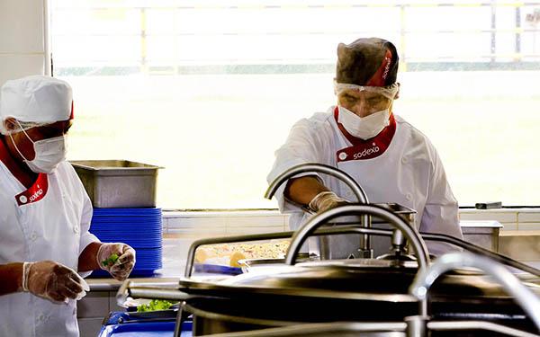 Sodexo Perú instala cocina de alta tecnología en el desierto de Trujillo