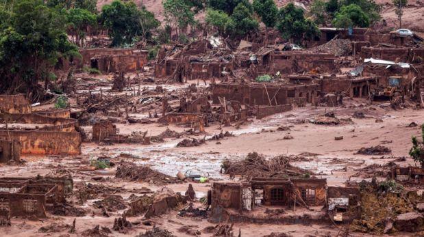 El deslave minero, ocurrido el pasado 5 de noviembre, es uno de los peores desastres ambientales de la historia de Brasil. (Foto: EFE)