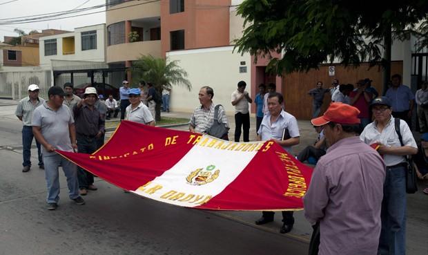 Un grupo de trabajadores de Cobriza y La Oroya ya se encuentra en Lima. Foto: Juan Pablo Ayala
