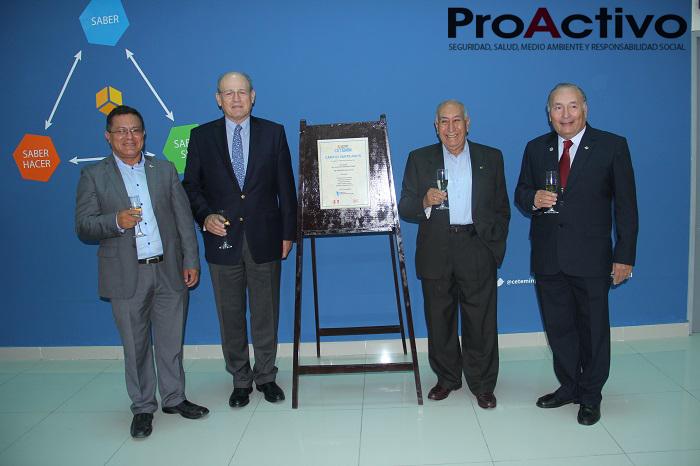 De izquierda a derecha: Jorge Ayala, gerente general de CETEMIN; Raúl Benavides, presidente de CETEMIN; Isaac Ríos, director fundador de CETEMIN, y Mario Cedrón, directivo de CETEMIN (Foto: ProActivo).
