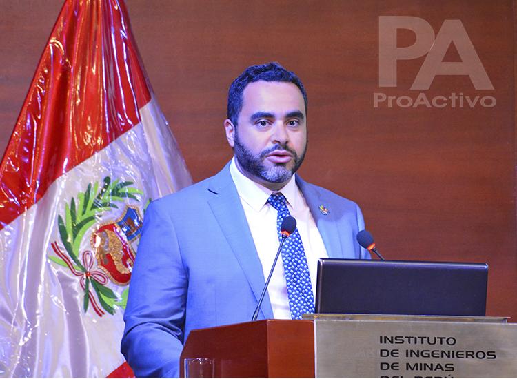 Mazen Mahfouz, Consejero Comercial de la Embajada de Canadá.