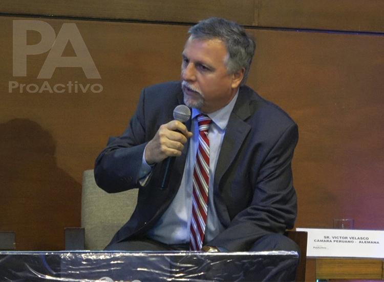 Víctor Velasco, Director de la Cámara Peruano-Alemana.