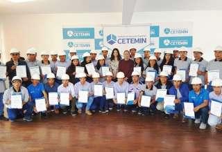 38 becarios de Minsur se gradúan de Cetemin