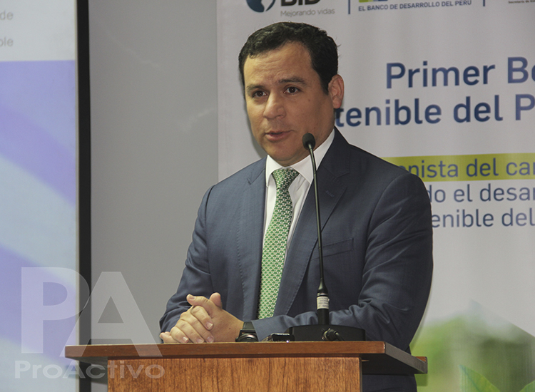 Miguel Ángel Zapatero, Vicepresidente del Programa de Inversión Responsable (PIR) y Gerente Adjunto de desarrollo de Negocios de la Bolsa de Valores de Lima