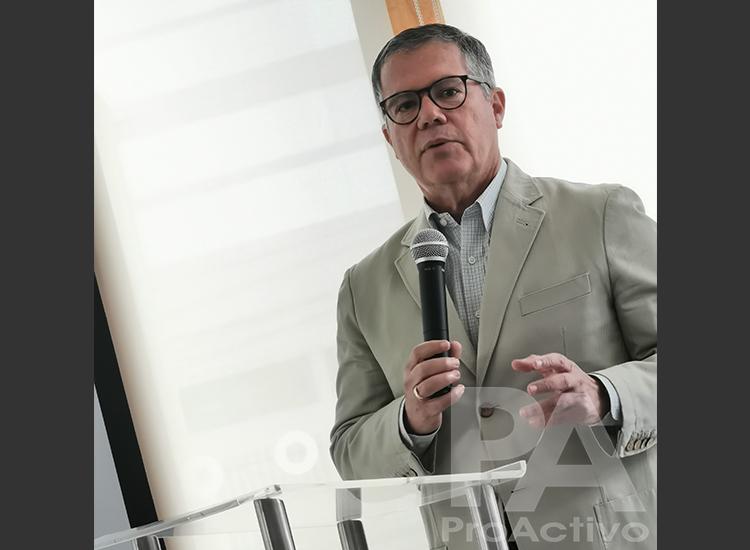 Carlos Diez Canseco, gerente general del Instituto de Ingenieros de Minas del Perú