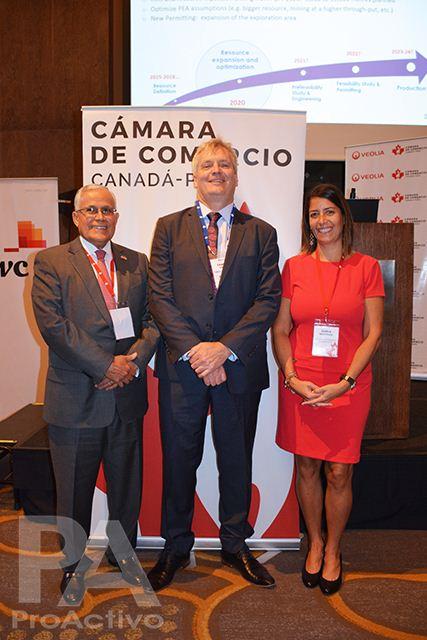 José Vizquerra, Graham Carman y Carla Martínez.