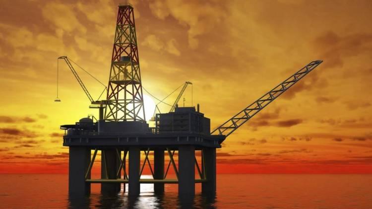 Plataforma petrolera en pleno mar
