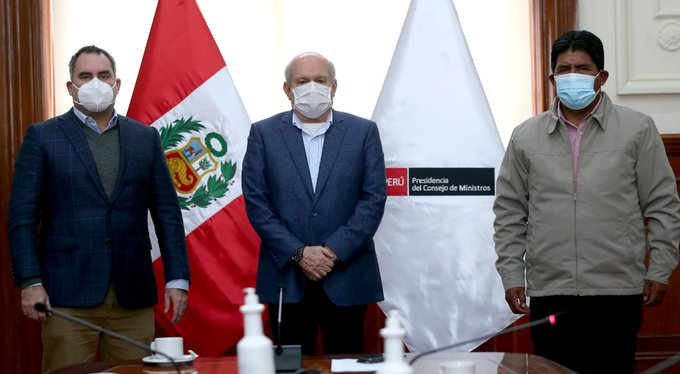 Premier Pedro Cateriano y Ministro Rafael Belaunde se reunieron con alcalde de Espinar