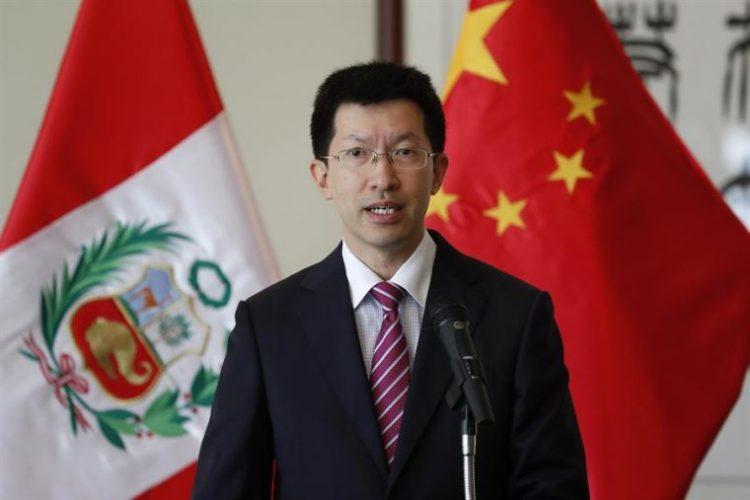 Liang Yu, embajador de China en el Perú