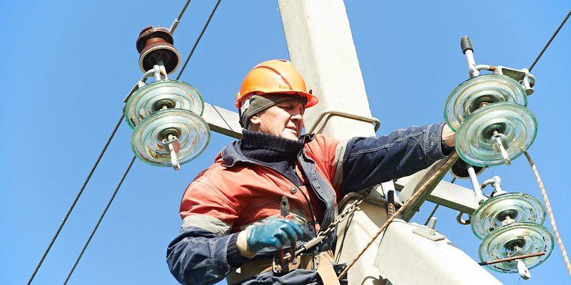 electricidad-mantenimiento-torre