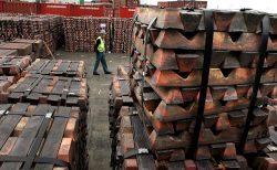 Exportaciones de cobre de China tocan máximo de 14 meses en mayo, operadores aprovechan alza en LME