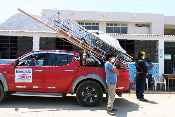 entrega-materiales-riego-telecomunicaciones