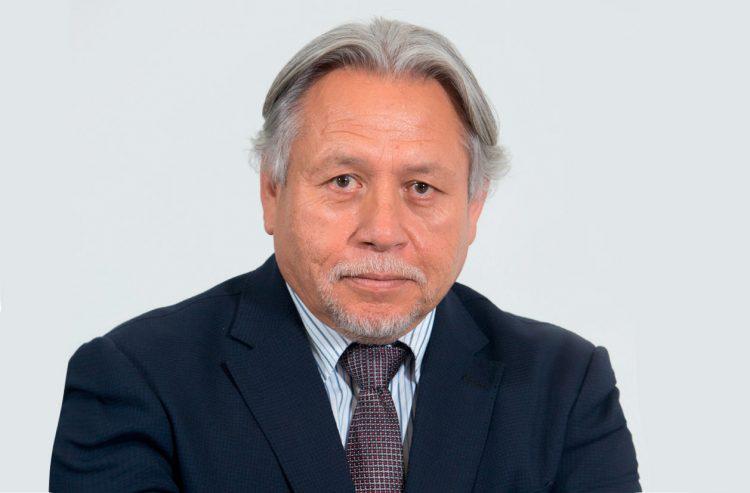 Carlos-Santa-Cruz
