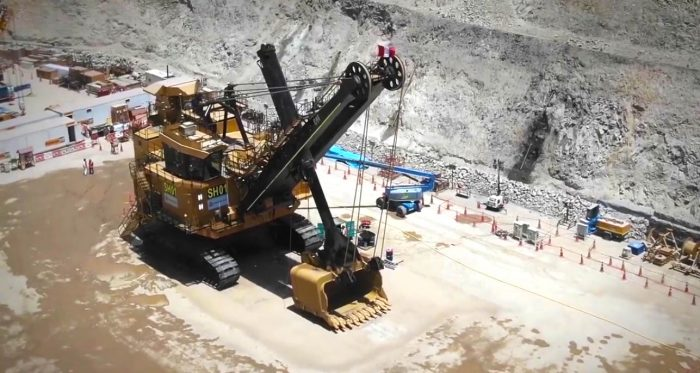 Anglo American presentó su primera pala eléctrica de gran tonelaje en Quellaveco