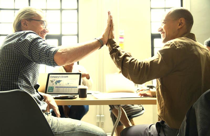 Tres pasos que te ayudarán a realizar una sucesión empresarial exitosa