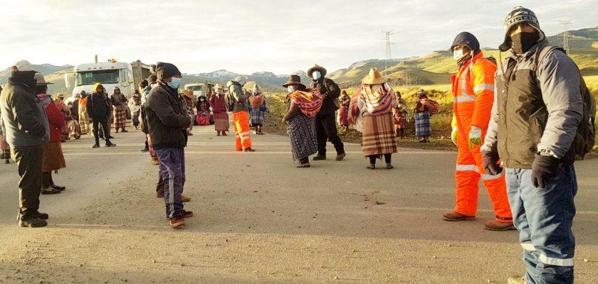 protestas bloquean el corredor minero contra Las Bambas