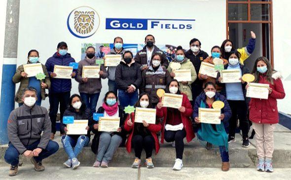 Gold Fields capacita a empresarios hoteleros en Hualgayoc
