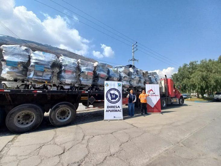 Entrega de donativos y equipos a la Diresa Apurímac (Las Bambas)