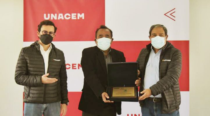 UNACEM recibe Certificado Azul en sus unidades Atocongo y Condorcocha